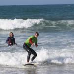 Первая пенка на уроках серфинга в Alex Surf School