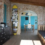 International Surf School Hostel 11